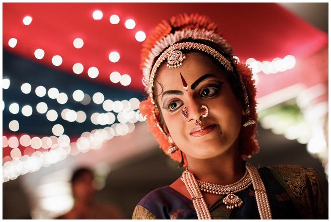 Hochzeitsreportage-Foto von Hochzeitsfotografin Melanie Meissner bei Hochzeitszeremonie in Indien © Hochzeitsfotograf Berlin hochzeitslicht