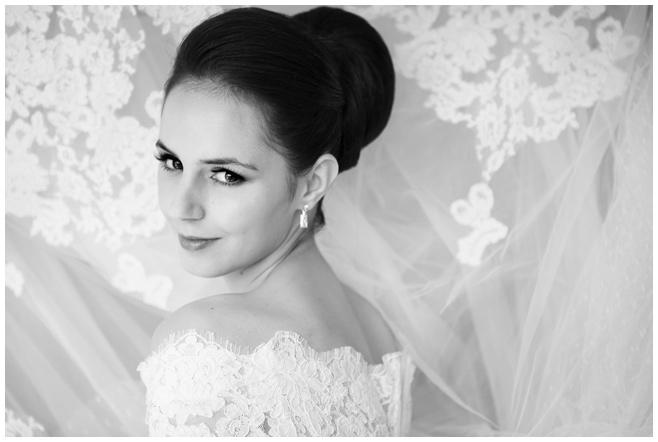 Hochzeitsfotografie der Braut bei Vintage-Hochzeit in Berlin © Hochzeitsfotograf Berlin hochzeitslicht