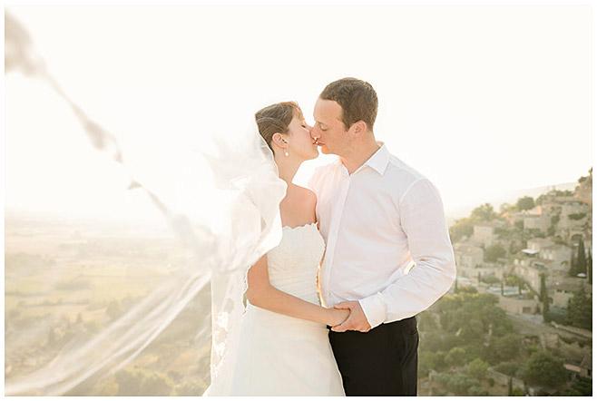 Brautpaarfoto vom After-Wedding-Shooting in der Provence © Hochzeitsfotograf Berlin hochzeitslicht