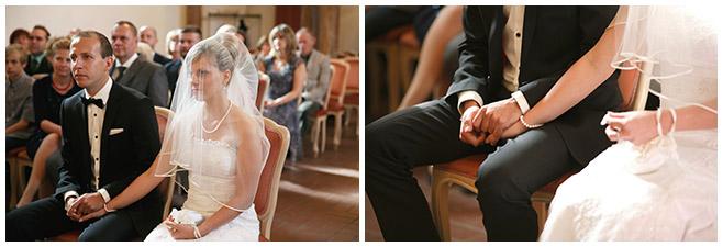 Hochzeitsfotografie von Brautpaar bei standesamtlicher Trauung in Schlosskirche Schöneiche, Brandenburg © Hochzeitsfotograf Berlin hochzeitslicht