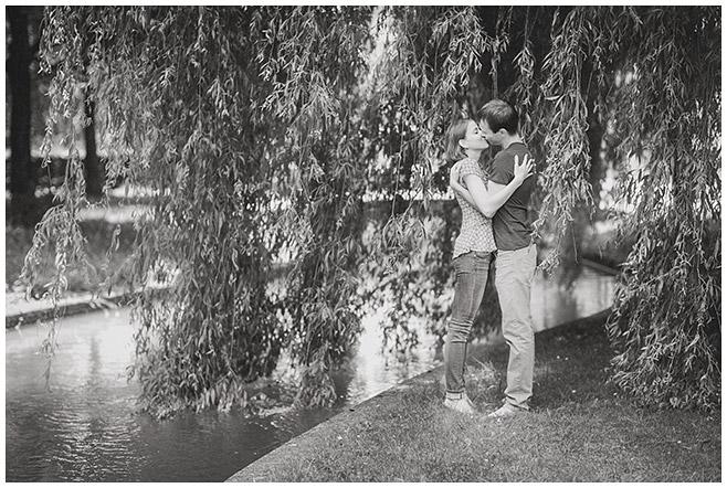 Verlobungsfotoshooting aufgenommen von Fotografin aus Berlin © Berliner Fotostudio LUMENTIS