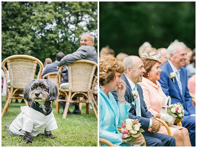 Hochzeitsreportage von Gästen und Hund in Hochzeitsoutfit bei freier Trauung auf Schloss Herzfelde, Brandenburg © Hochzeitsfotograf Berlin hochzeitslicht