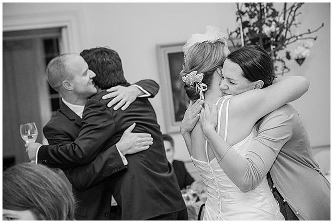Hochzeitsfest im Schloss Herzfelde von professioneller Hochzeitsfotografin aus Berlin © Hochzeitsfotograf Berlin hochzeitslicht