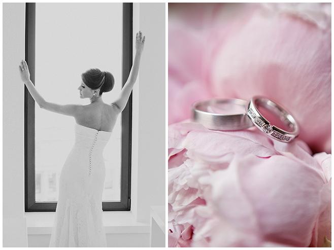 Hochzeitsfotos der Braut beim Ankleiden und Detailfoto der Eheringe auf Brautstrauß aus rosa Pfingstrosen © Hochzeitsfotograf Berlin www.hochzeitslicht.de