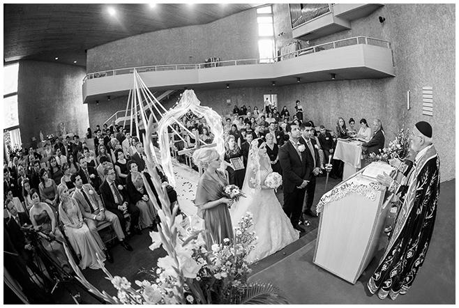 Hochzeitsreportagefoto bei ukrainisch-orthodoxer/aramäischer Hochzeitszeremonie © Hochzeitsfotograf Berlin www.hochzeitslicht.de