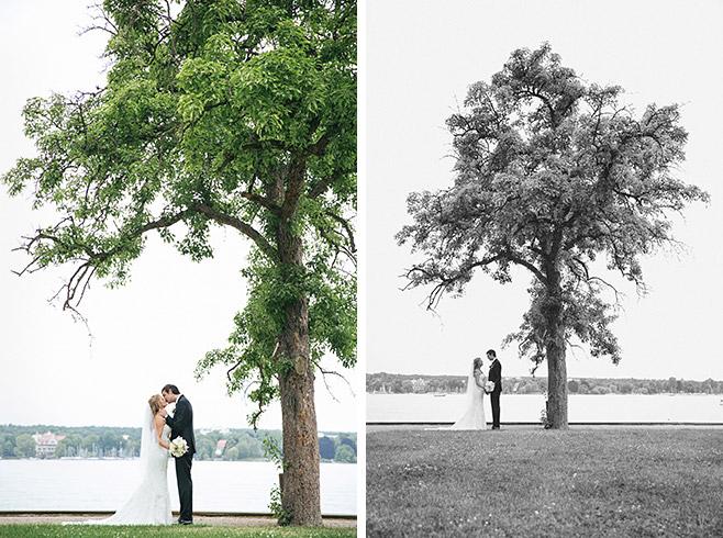 Hochzeitsfotoshooting mit Brautpaar am Wannsee in Berlin © Hochzeitsfotograf Berlin www.hochzeitslicht.de