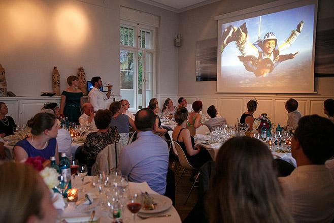 Hochzeitsfest am Abend in Villa Blumenfisch Berlin Wannsee © Hochzeitsfotograf Berlin www.hochzeitslicht.de