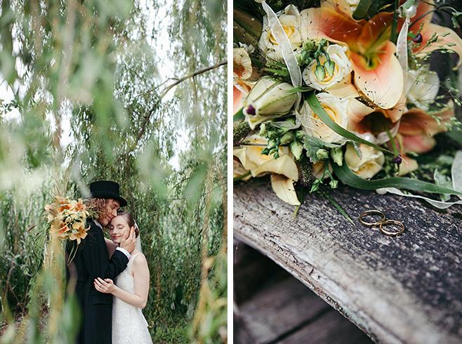 Hochzeitsbild von Brautpaar und Detailaufnahme von Brautstrauß aus lachsfarbenen Lilien und cremefarbenen Rosen bei Vintage-Hochzeit in Berlin-Zehlendorf © Hochzeitsfotograf Berlin www.hochzeitslicht.de