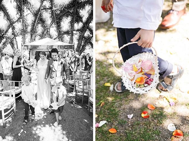 professionelle Hochzeitsfotos von Auszug des Brautpaares nach Hochzeit im Spreewald © Hochzeitsfotograf Berlin www.hochzeitslicht.de