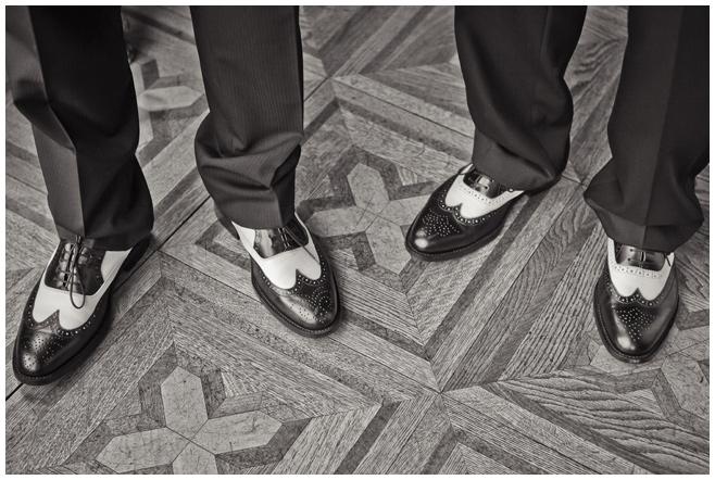 Vintage Bräutigam Schuhe © Hochzeitsfotograf Berlin hochzeitslicht