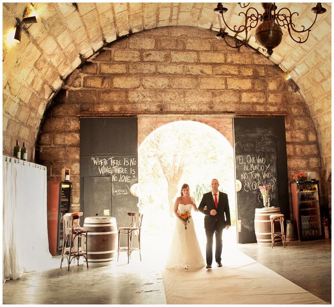Hochzeitsfoto Einzug der Braut bei Trauung auf Mallorca © Hochzeitsfotograf Berlin hochzeitslicht
