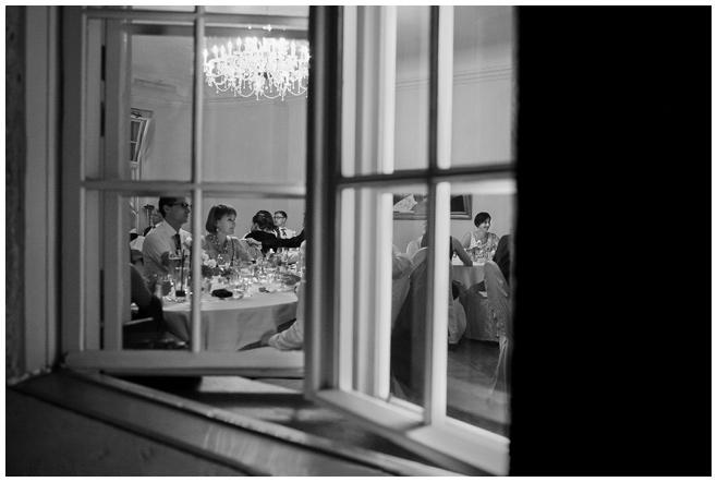 Hochzeitsreportage bei Hochzeitsfeier auf Schloss Kartzow in Brandenburg © Hochzeitsfotograf Berlin hochzeitslicht