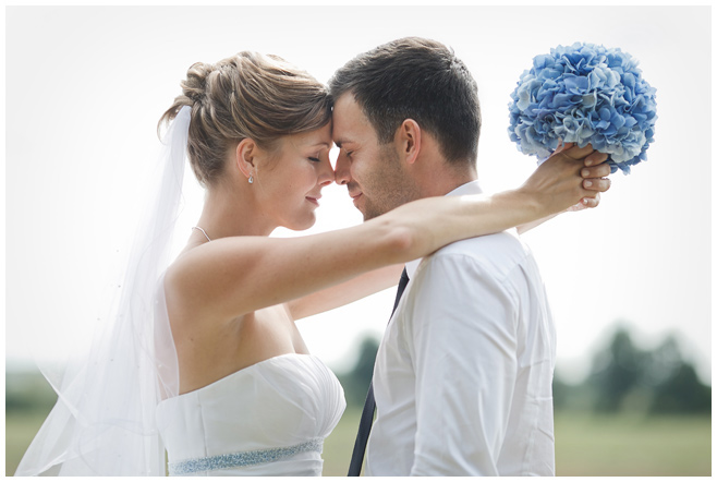 Brautpaarfoto von Schloss Kartzow Hochzeit © Hochzeitsfotograf Berlin hochzeitslicht