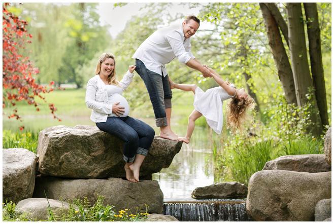 Foto von Familie, aufgenommen von Familienfotograf in Berlin © Berliner Fotostudio LUMENTIS