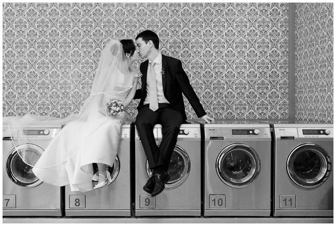 Brautpaarfoto von professioneller Hochzeitsfotografin © Hochzeitsfotograf Berlin hochzeitslicht