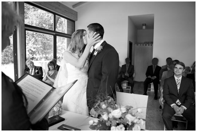 standesamtliche Trauung im Seehaus Liebenberg © Hochzeitsfotograf Berlin hochzeitslicht