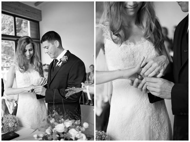 Brautpaar bei standesamtlicher Trauung im Seehaus Liebenberg © Hochzeitsfotograf Berlin hochzeitslicht