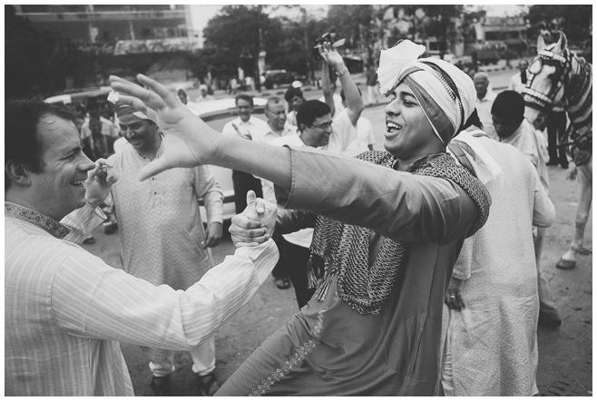 Baraat bei indischer Hochzeit © Hochzeitsfotograf Berlin hochzeitslicht