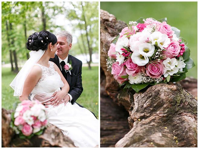 Braut und Bräutigam bei Brautpaar-Fotoshooting im Park des Schloss Charlottenburg © Hochzeitsfotograf Berlin hochzeitslicht
