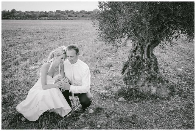 After-Wedding-Shoot mit Brautpaar aufgenommen von Berliner Hochzeitsfotografinnen © Hochzeitsfotograf Berlin hochzeitslicht