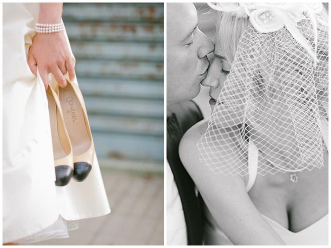 Foto von Brautpaar und Detailfoto der Brautschuhe von Chanel bei Hochzeit im Stil der 50er Jahre © Hochzeitsfotograf Berlin hochzeitslicht