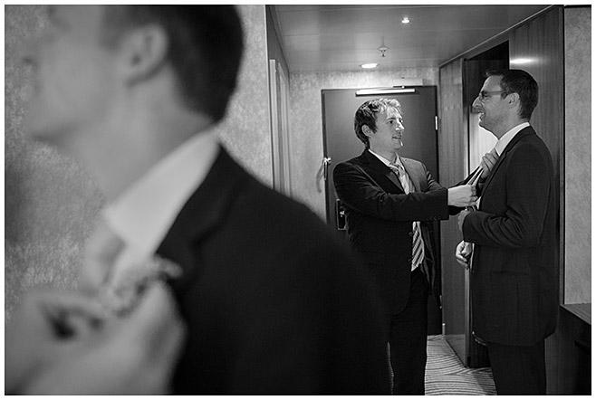 Reportagefoto von Hochzeit im Hilton Berlin Hotel am Gendarmenmarkt in Berlin-Mitte © Hochzeitsfotograf Berlin hochzeitslicht
