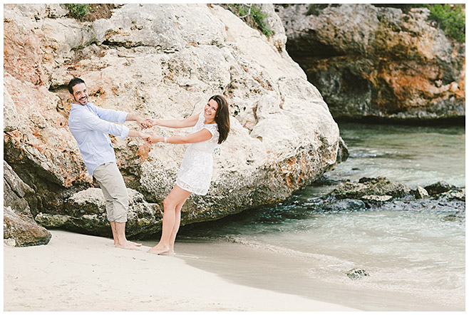 Paarshooting am Strand auf Mallorca © LUMENTIS Fotostudio Berlin