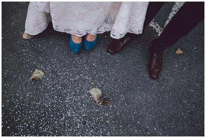 Hochzeitsbild von professionellem Hochzeitsfotografen bei Hochzeit im Balllsaal-Studio Berlin © Hochzeitsfotograf Berlin www.hochzeitslicht.de