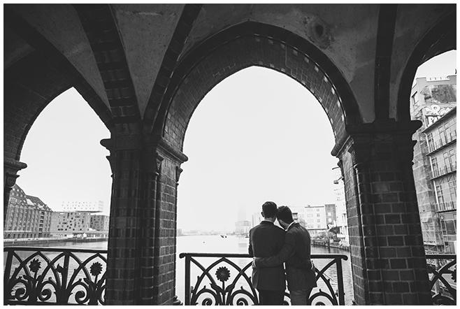 professionelles Hochzeitsfoto von hochzeitslicht zu gleichgeschlechtlicher Hochzeit © Hochzeitsfotograf Berlin www.hochzeitslicht.de