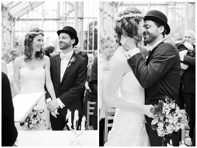professionelle Hochzeitsfotos von Brautpaar bei Trauung im Mittelmeerhaus, Botanischer Garten Berlin © Hochzeitsfotograf Berlin www.hochzeitslicht.de