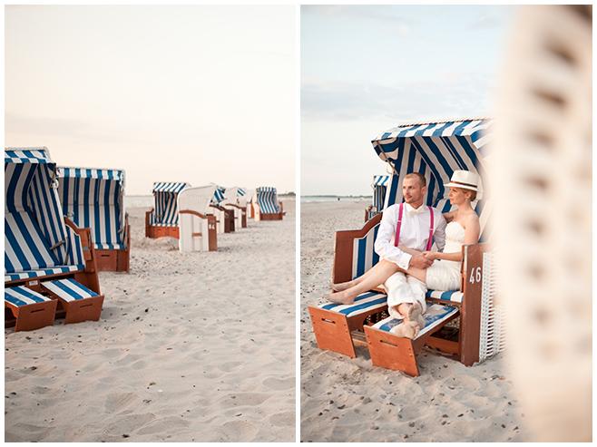 Hochzeitsfotos bei romantischem Brautpaar-Shooting in Strandkörben an der Ostsee © Hochzeitsfotograf Berlin www.hochzeitslicht.de