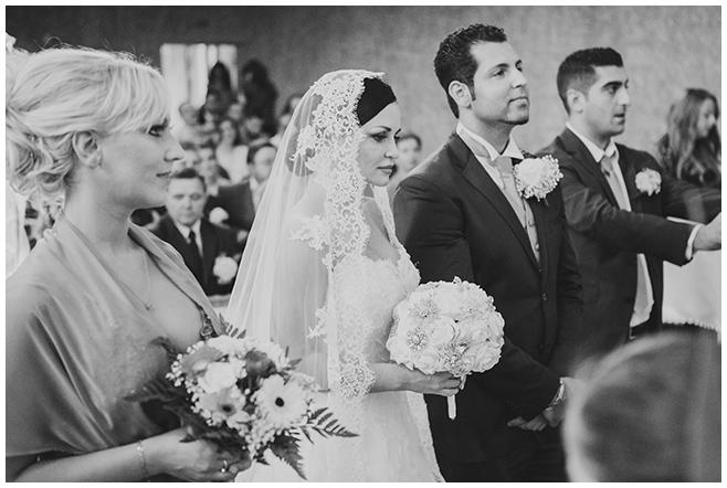 Hochzeitsfotos von ukrainisch-orthodoxer/aramäischer Trauung in Berlin dokumentiert von professionellem Hochzeitsfotografen Berlin © Hochzeitsfotograf Berlin www.hochzeitslicht.de