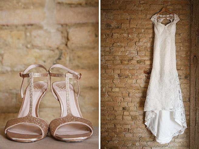 professionelle Hochzeitsfotos von Brautschuhen und Hochzeitskleid © Hochzeitsfotograf Berlin www.hochzeitslicht.de