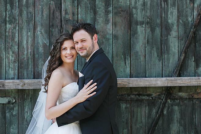 Hochzeitsfotografie von Braut und Bräutigam bei Hochzeit auf Schloss Ribbeck in der Nähe von Berlin © Hochzeitsfotograf Berlin www.hochzeitslicht.de