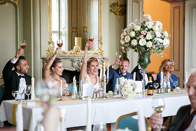 Reportagefoto bei Hochzeitsfeier in Ermelerhaus in Berlin-Mitte © Hochzeitsfotograf Berlin www.hochzeitslicht.de