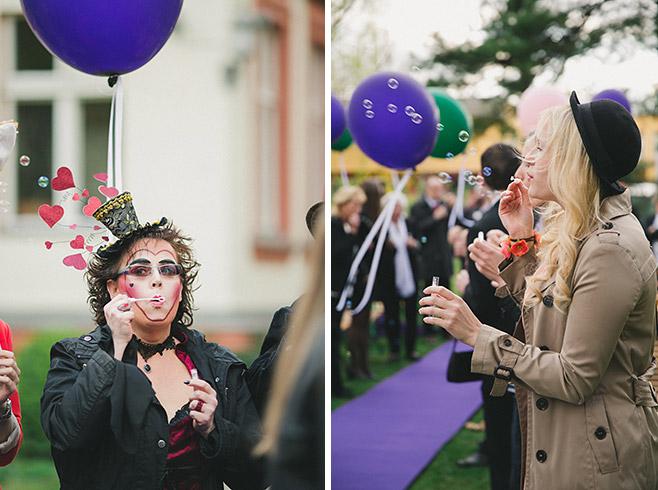 Hochzeitsreportagefotos von Hochzeit zum Hochzeitsmotto Alice im Wunderland © Hochzeitsfotograf Berlin www.hochzeitslicht.de