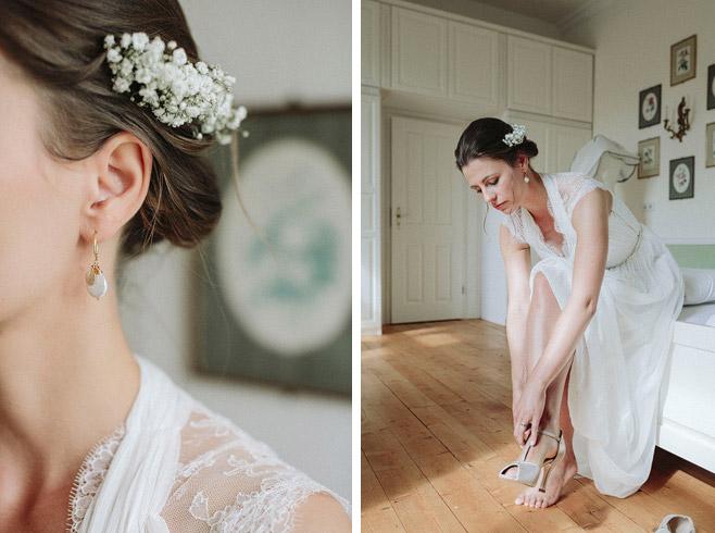 Hochzeitsfotografien von den Vorbereitungen und Ankleiden der Braut auf Schloss Neuhausen Hochzeit © Hochzeitsfotograf Berlin www.hochzeitslicht.de
