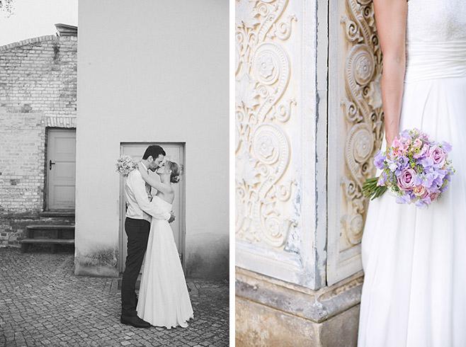 Hochzeitsfoto von Brautpaar bei Hochzeit im Schloss Glienicke in Berlin-Wannsee an der Grenze zu Potsdam © Hochzeitsfotograf Berlin www.hochzeitslicht.de